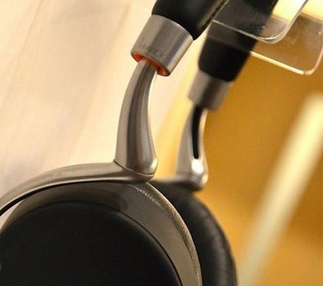 超级震撼音乐无线耳机